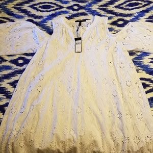 Selling a BGBGMAXAZRIA DRESS